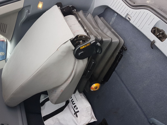 Isri-Fahrersitz_6000-515.jpeg